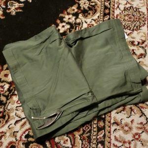Army green capris